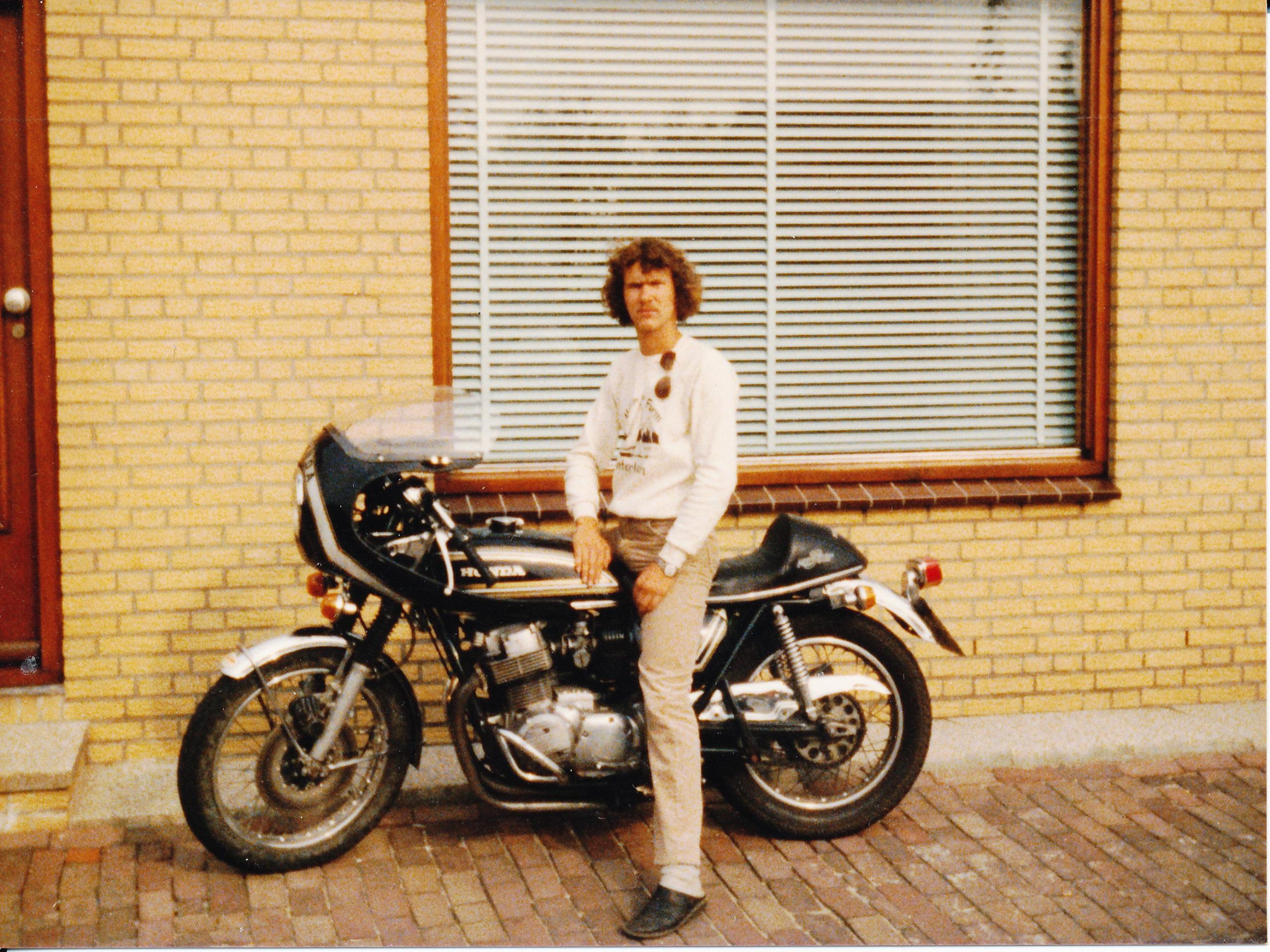 CB 750 1975 De eerste.